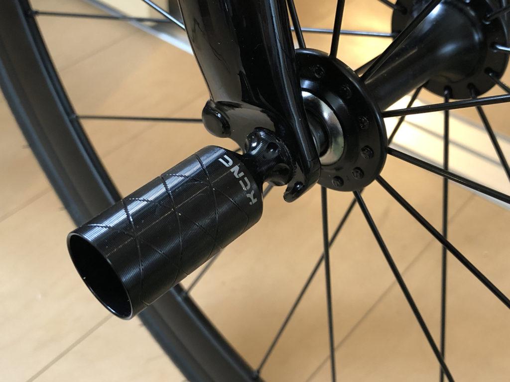 KCNC 自転車用 軽量 アクセサリーホルダー ライトホルダー ハブパーツ ライトアダプター ブラック 524771