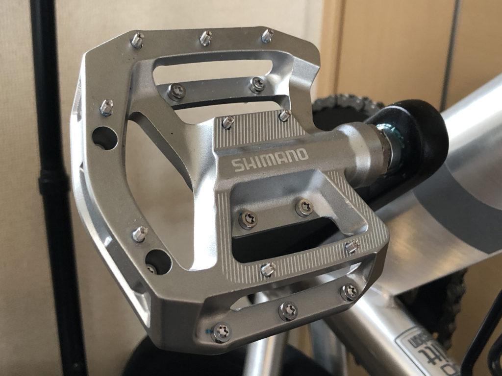 tern RIP 2020: シマノ PD-GR500 フラットペダル EPDGR500に交換